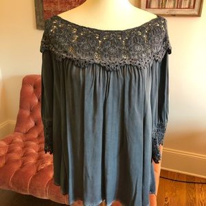 Anthro Mystree ombré lace top - NWT